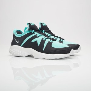 Up to 70% off: Nike US $38 (RRP AU $210), adidas US $30 (RRP