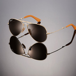 Ray-Ban Aviators Ultra Limited Edition 22k Gold Plate 50% Myer. $250