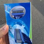 Free Schick Hydro 5 Shaving Razor @ Southern Cross Station (VIC)