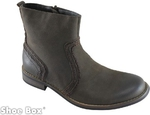 Men's Leather Boots at $59.95 for Weekend Only (Save up to $80) with Free Delivery @ Shoebox.com